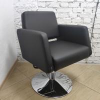 Парикмахерское кресло RELEVANT